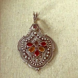 Jewelry - 925 India silver enhancer